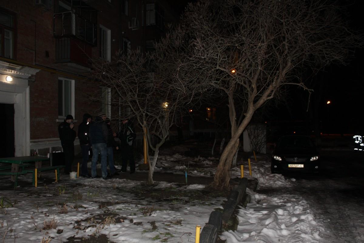 ВНикополе милиция устанавливает обстоятельства взрыва, врезультате которого травмирован человек