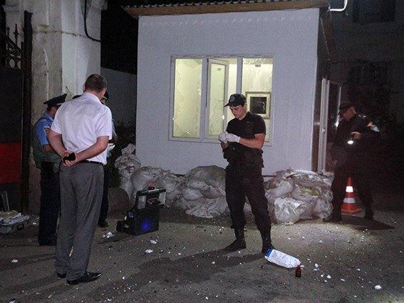 """1f09293d9fc10ffbf77fd6ec8143cdfd Очередной теракт в Одессе: ночью подорвали штаб """"Самообороны"""" (фото)"""