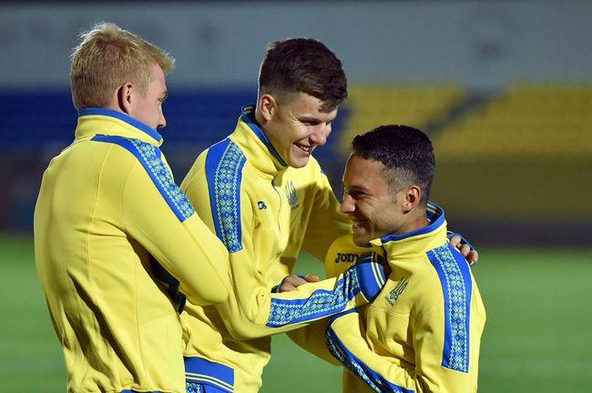 Марлос провел первую тренировку всборной государства Украины