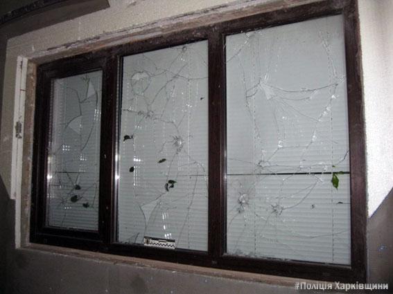 Одну изхарьковских аптек пытались подорвать гранатой: милиция огласила детали ночного происшествия