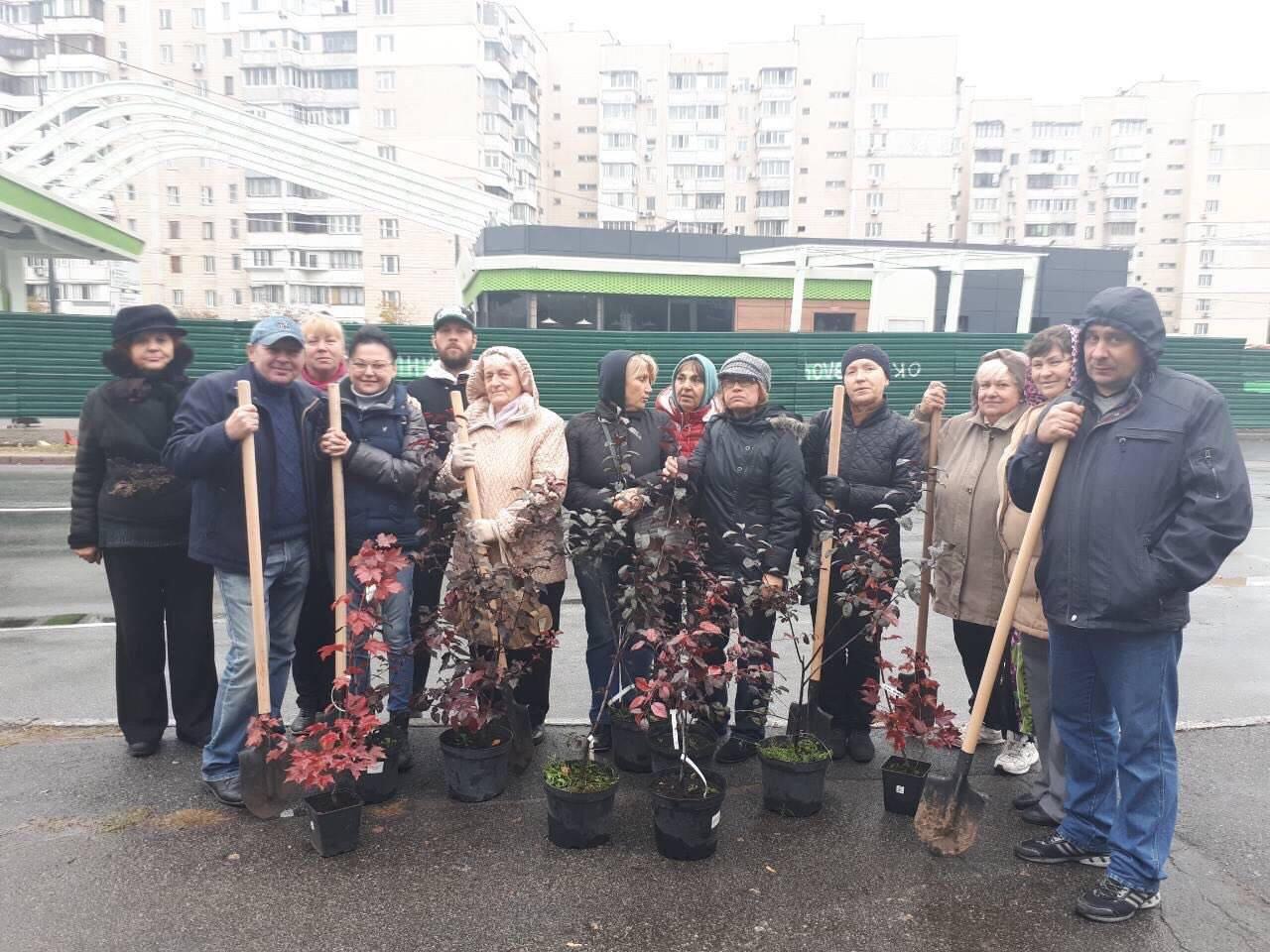 Появилось видео разгрома националистами заправки наРевуцкого вКиеве