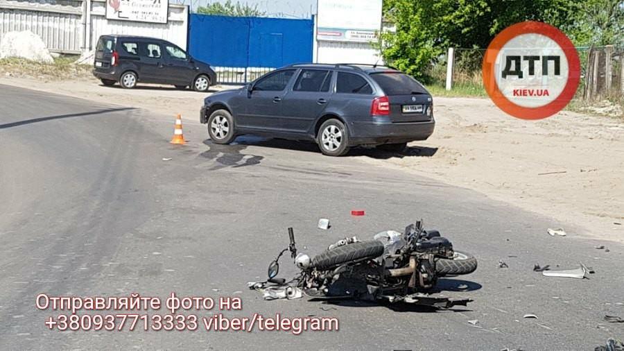 ВКиеве случилось смертельное ДТП сподростком: размещены шокирующие фото