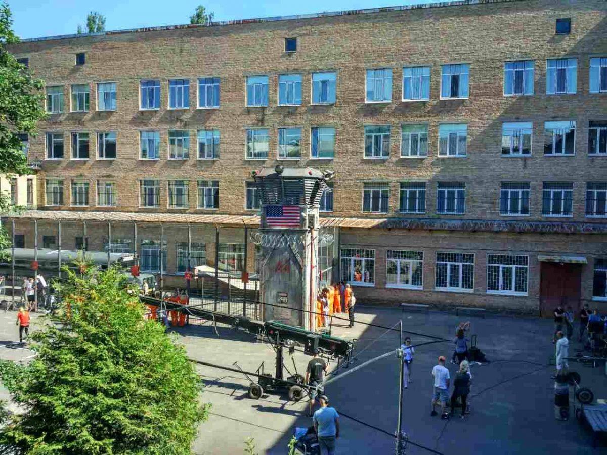 Київську школу вГолосієво перетворили натюремний заклад