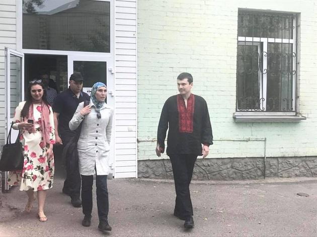 А.Осмаєва виписали з лікарні