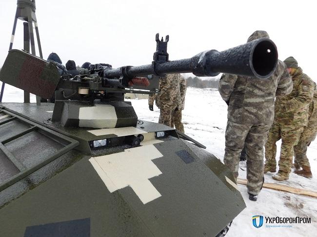 Военные испытали наземные ивоздушные беспилотники— СНБО