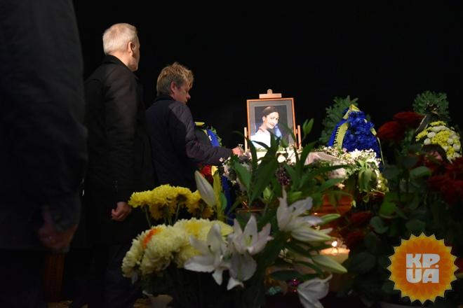 У театрі Франка попрощалися з Оксаною Батько-Нищук - фото 3