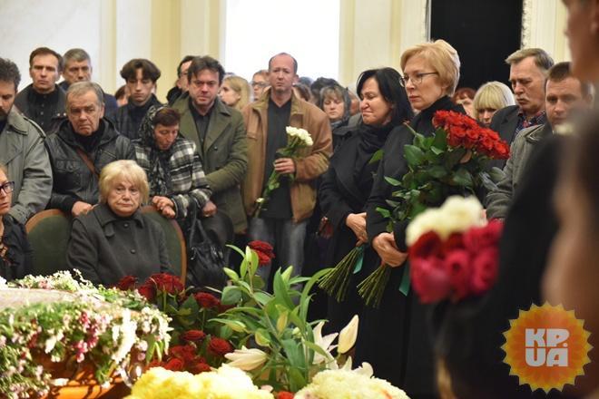У театрі Франка попрощалися з Оксаною Батько-Нищук - фото 8