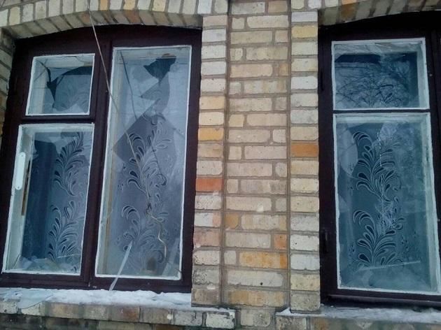 Как боевики громили Красногоровку: фото последствий ночного обстрела