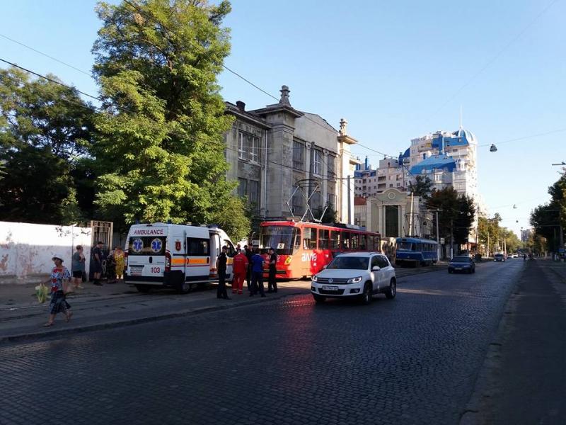 Водесском трамвае произошла драка сострельбой. Есть раненые