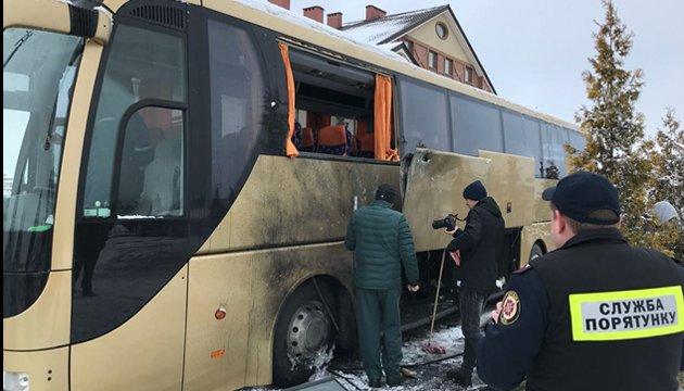 УЛьвові польський автобус обстріляли зпротитанкового гранатомету,— ЗМІ