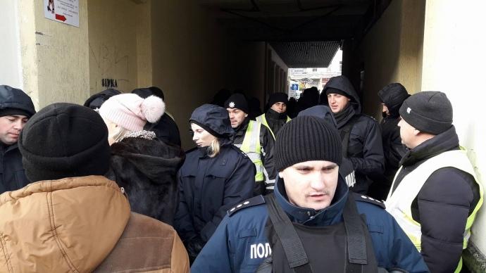 УПечерському суді готуються обирати міру запобіжного заходу Саакашвілі
