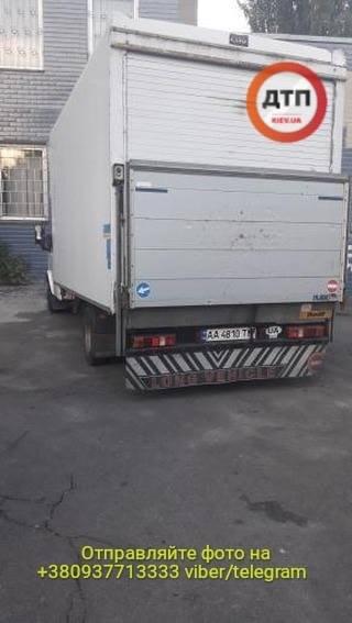 B Киеве остановили пьяного водителя рефрижератора который развозил протухшее мясо в детсады - фото 4
