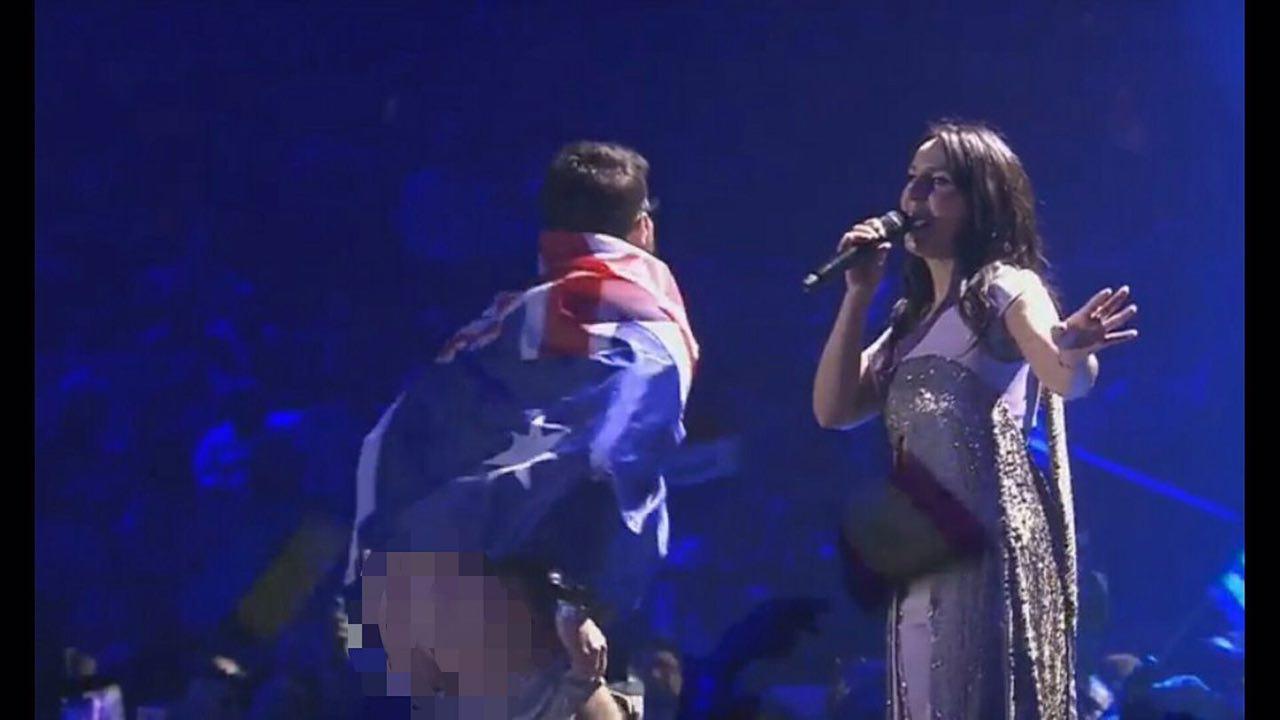 Виступ Джамали на«Євробаченні-2017» зіпсували голою дупою
