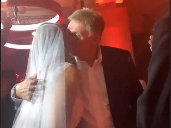 На свадьбе Собчак засветился спикер Путина: опубликовано фото