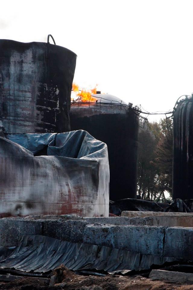 фото, пожар на нефтебазе конда фото неоднократно выпускали