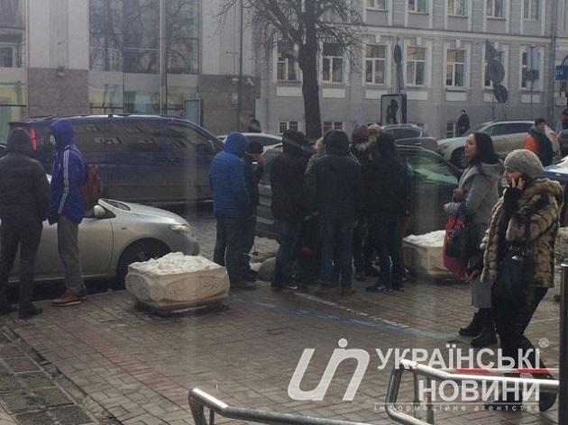 Вцентре столицы Украины неизвестные напали на руководителя Института нацпамяти Вятровича