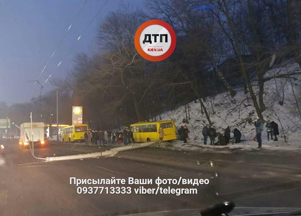 ВКиеве планируют проверить всех перевозчиков. правонарушителям обещают «жесткие санкции»