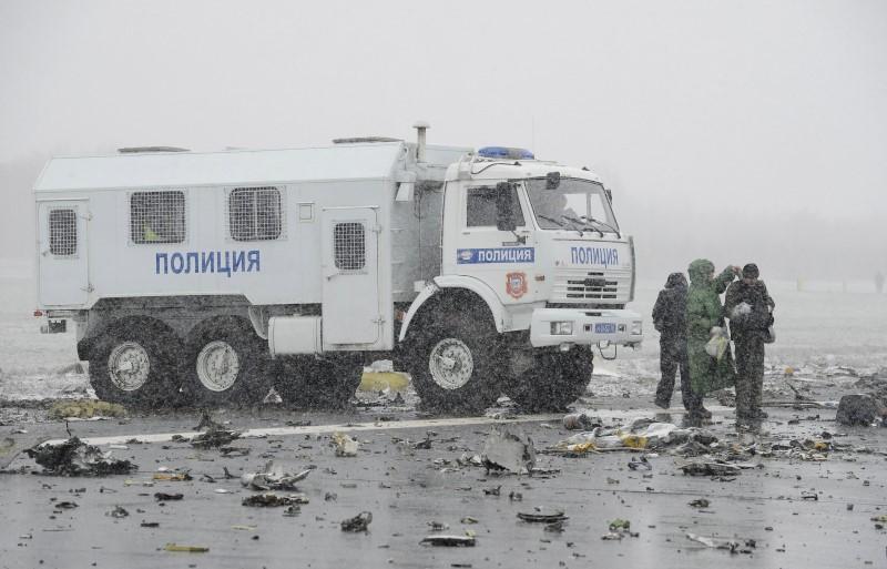З'явилися нові кадри з місця аварії Boeing в Ростові - фото 3