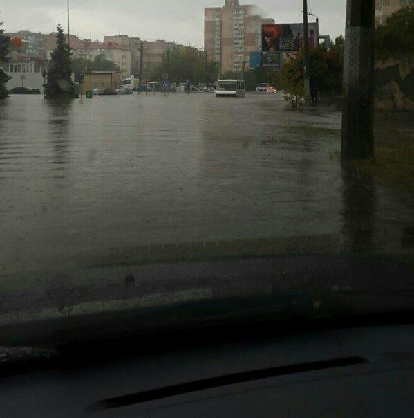 ВОдессе ливень затопил улицы