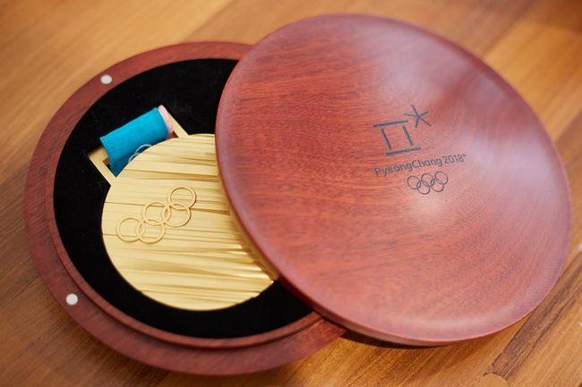Оргкомитет Олимпиады вПхёнчхане впервый раз показал еемедали