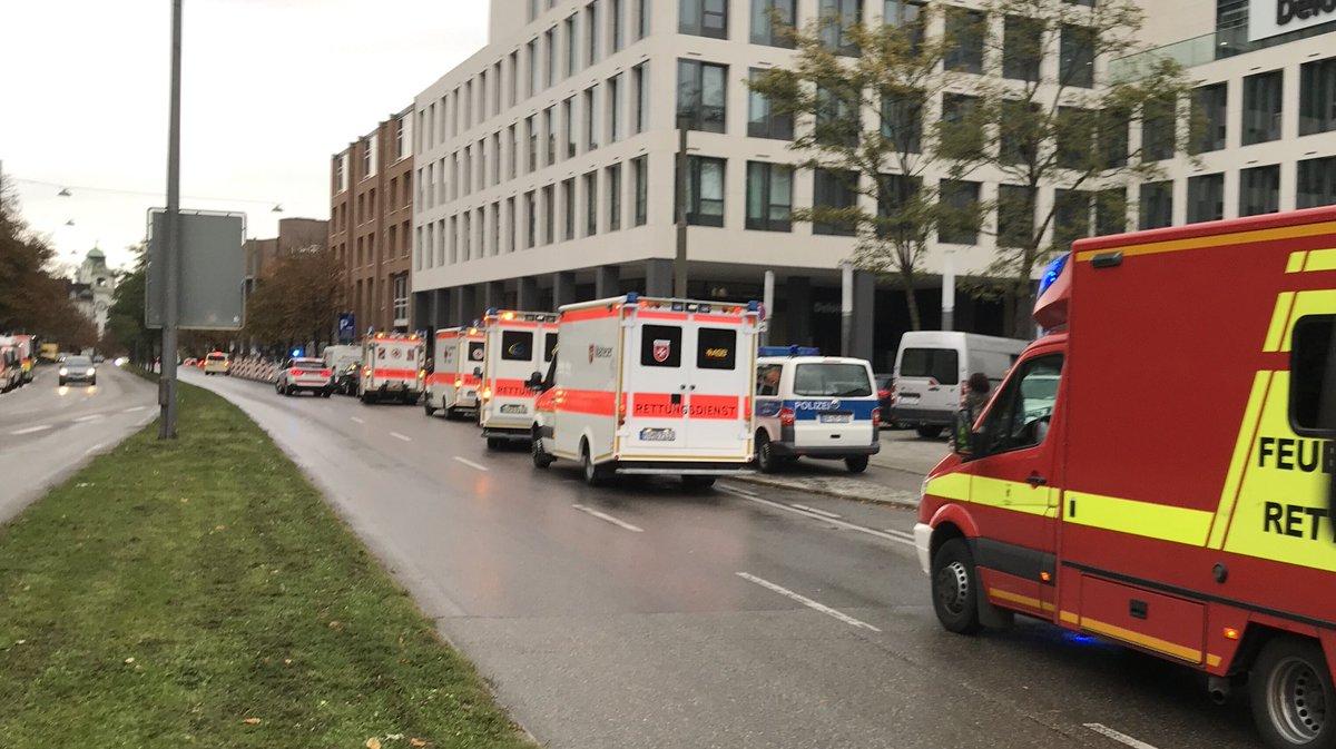 УМюнхені невідомий напав зножем наперехожих