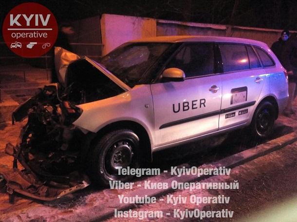 Чергова ДТП заучасті авто Uber сталась уКиєві: з'явились фото