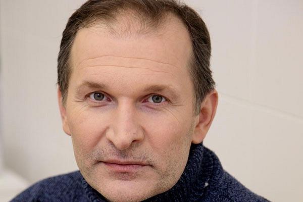 Сейчас только через СБУ: утвержден порядок организации гастролей русских артистов вгосударстве Украина