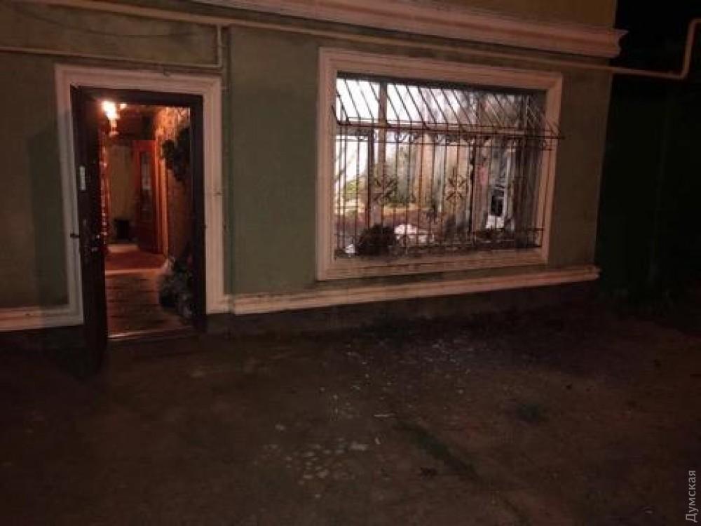 Ужитловому будинку вОдесі вибухнула граната, яку кинули у вікно