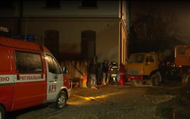 Настроительной площадке вИвано-Франковске произошел обвал: один погибший, четверо пострадавших