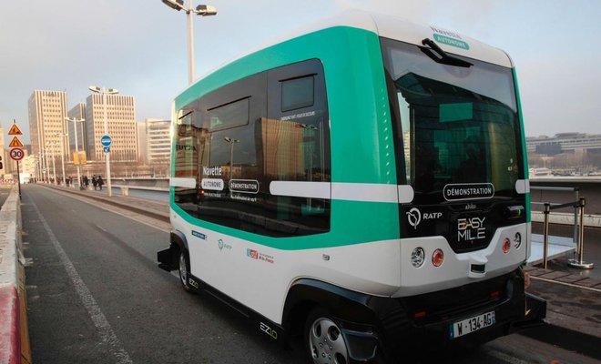 В Париже появились первые беспилотные автобусы