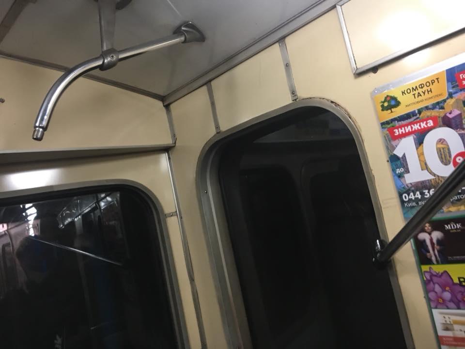 Станции метро вКиеве будет объявлять новый голос