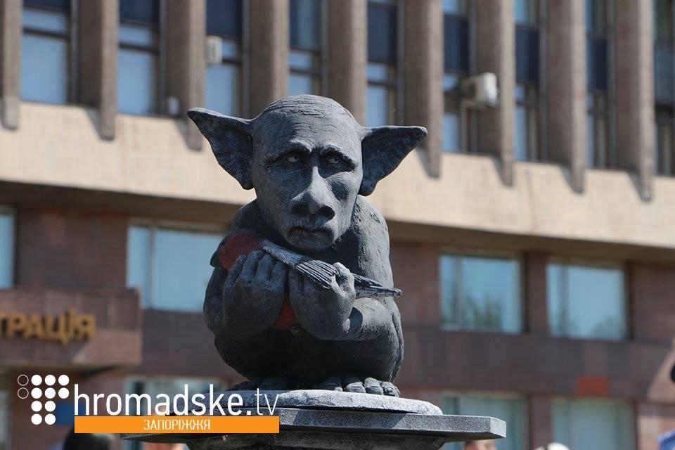 В центре Киева состоялась неудачная попытка националистов снести памятник Щорсу - Цензор.НЕТ 3630