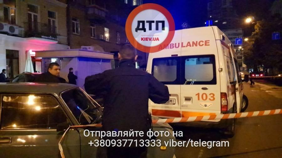 Вцентре украинской столицы расстреляли мужчину: фото ивидео сместа убийства