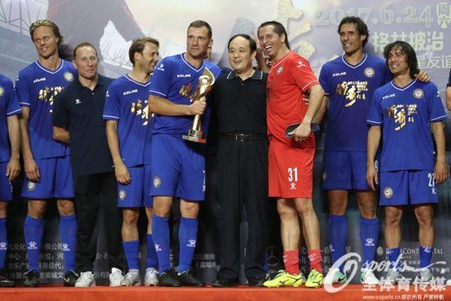 Шевченко помог сборной Европы побороть вКитайской народной республике