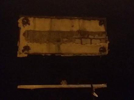 Вночі вОдесі демонтували пам'ятну табличку радянському маршалу-«м'яснику»
