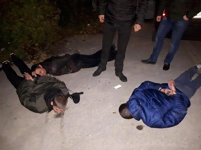 ВЗапорожье трое мужчин вмасках похитили человека