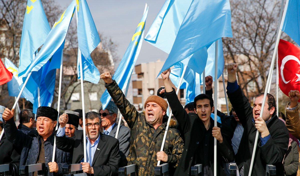 УпосольстваРФ вАнкаре прошла акция протеста