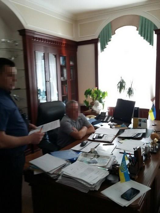 Стали відомі подробиці затримання ректора НАУ - фото 3