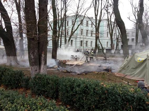Суд залишив під вартою організатора нападу на табір ромів під Львовом - Цензор.НЕТ 9251