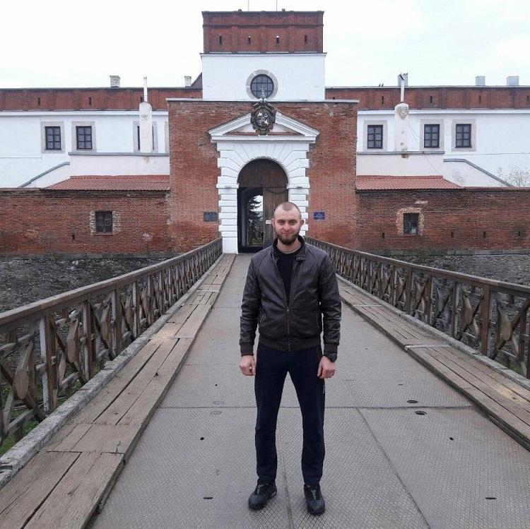 Штаб АТО: наДонбассе отпули снайпера боевиков умер украинский военный