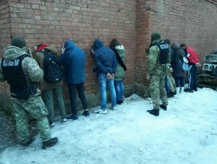 ВКропивницком СБУ обезвредила группировку «White Lions», занимавшуюся разбоями играбежами