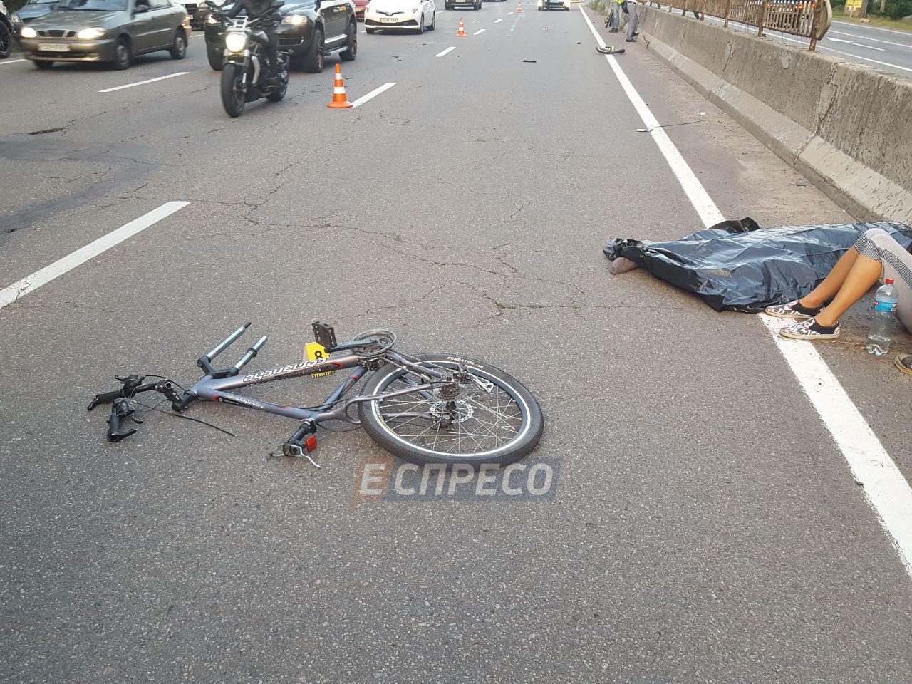 У Києві іноземець збив на смерть велосипедиста (ФОТО)