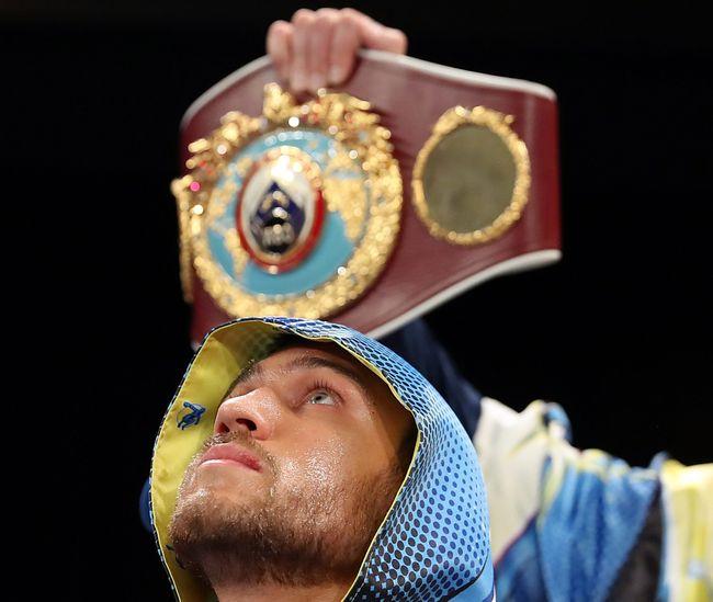 Боксер Ломаченко защитил титул изаработал млн долларов