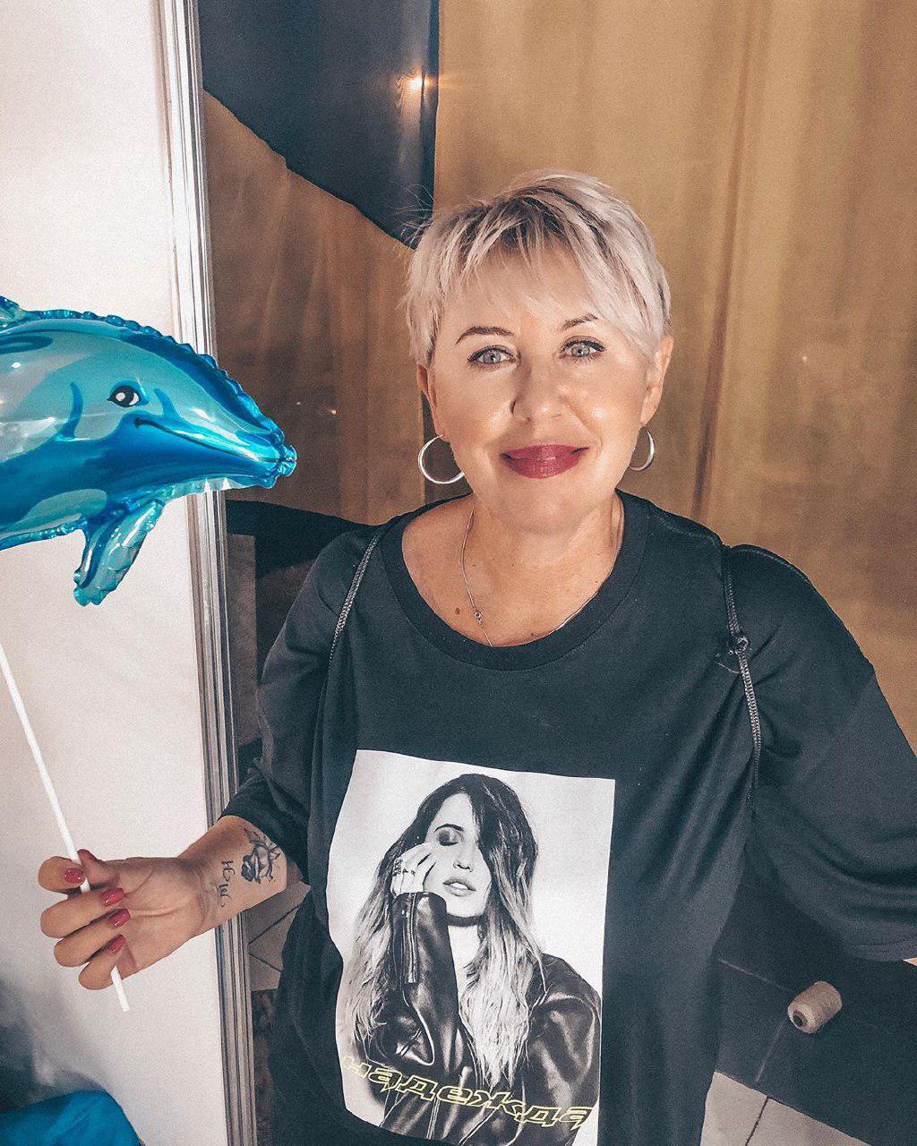 Надя Дорофеева показала руководителя своего фан-клуба
