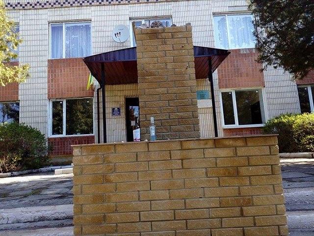 Украинские вандалы уничтожили монумент генералу Ватунину&nbsp