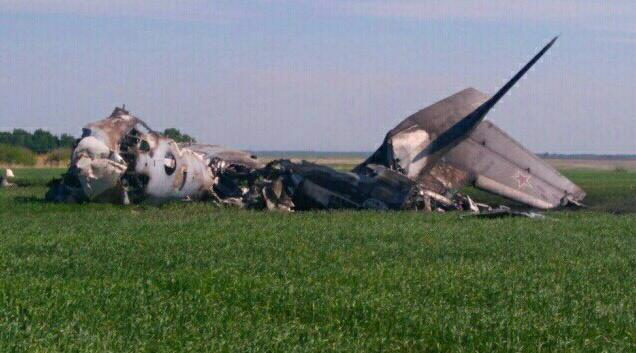 УРосії літак з військовими здійснив жорстку посадку і загорівся, є загиблий