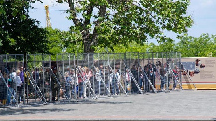 Утром центральные улицы Киева перекрывали в связи с проездом кортежа высокопоставленного чиновника - Цензор.НЕТ 7202