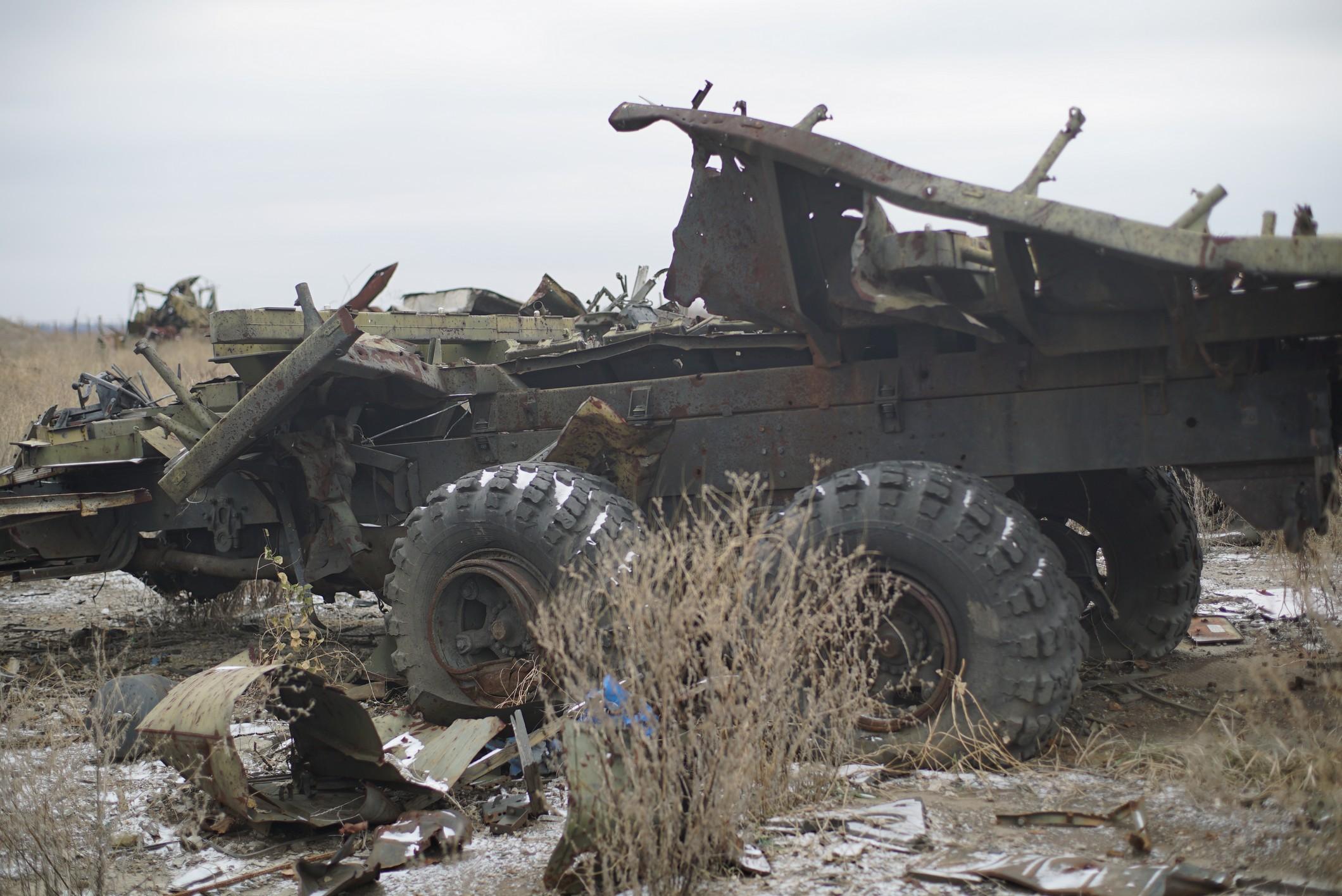 Фото разбитой и подбитой военной техники