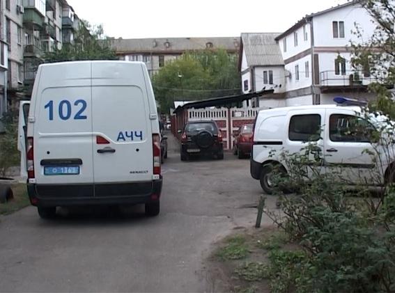ВКиеве вмногоэтажке безжалостно убит мужчина | убийство