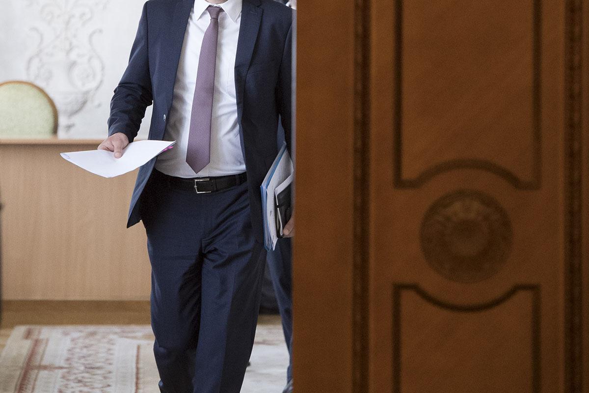 На должности в министерствах назначаются удобные Банковой кандидаты